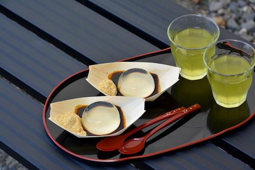 常温で30分しか保たない幻の銘菓!信玄餅と水信玄餅(山梨)