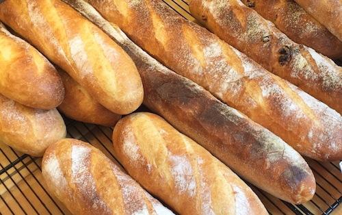 小麦が使われているパン