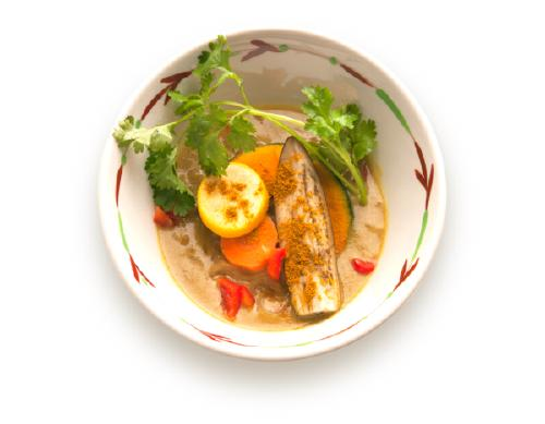 進化的盛岡冷麵!義大利料理、咖哩、溫麵皆為純素料理。來自岩手縣的專賣店在澀谷。【冷麵餐廳TSURUSHIKO】
