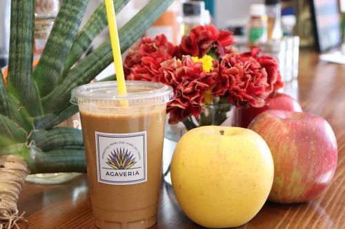 中午有有機思慕昔、晚上有100%龍舌蘭糖漿。用飲料來呵護您身心的健康AGAVERIA【代代木】